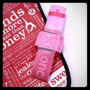 NWT! Lululemon No-Brainer Mat Strap Pink & Tote